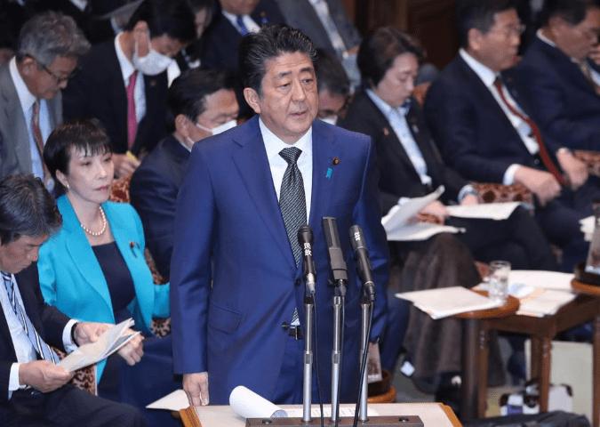 昭恵夫人の花見報道を安倍首相が否定