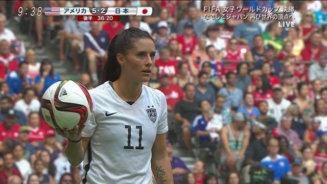サッカー女性